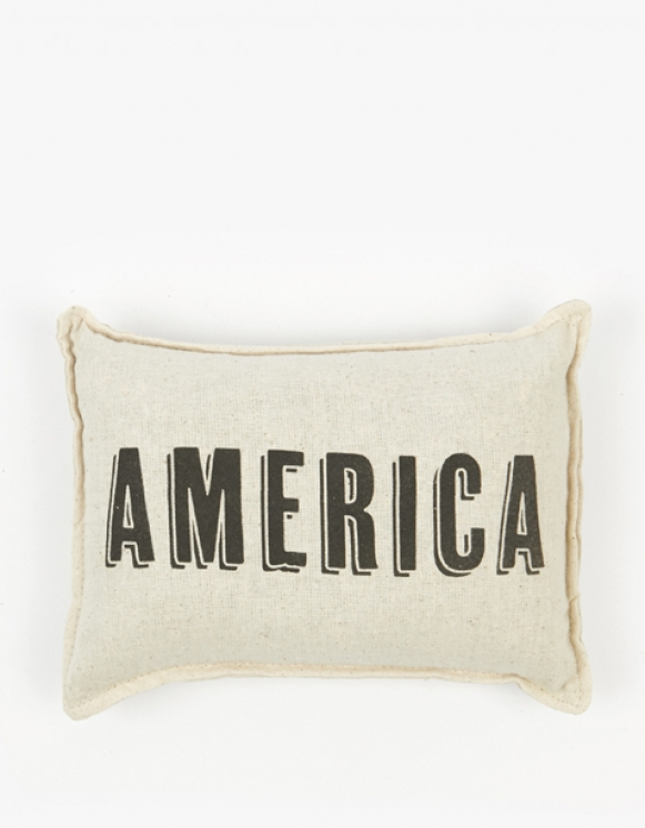 IZOLA NYC America Balsam Pillow | HEIGHTS. | International Store