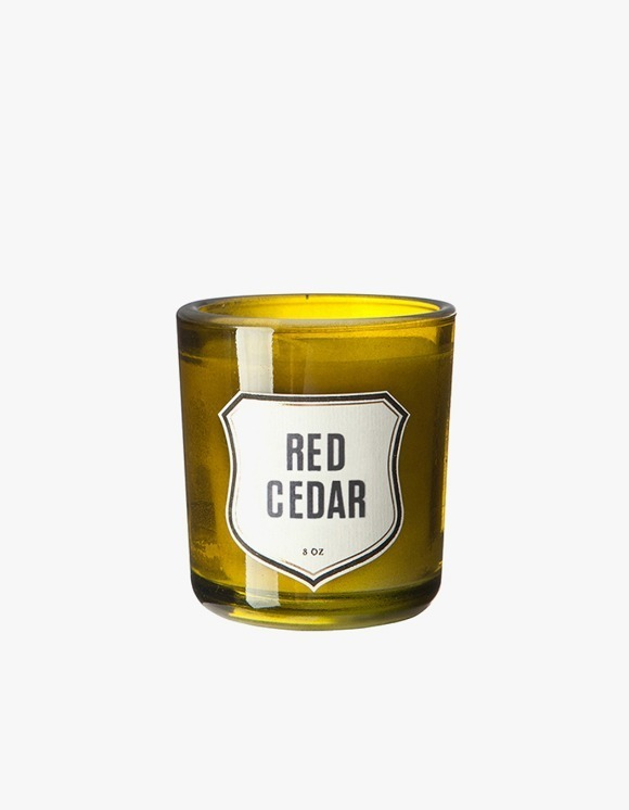 IZOLA NYC Red Cedar Candle | HEIGHTS. | International Store