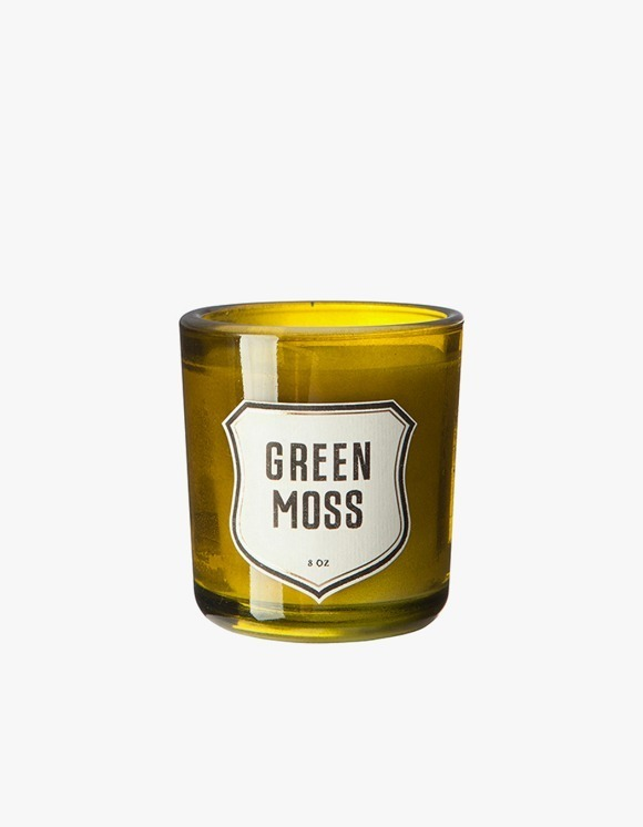 IZOLA NYC Green Moss Candle | HEIGHTS. | International Store