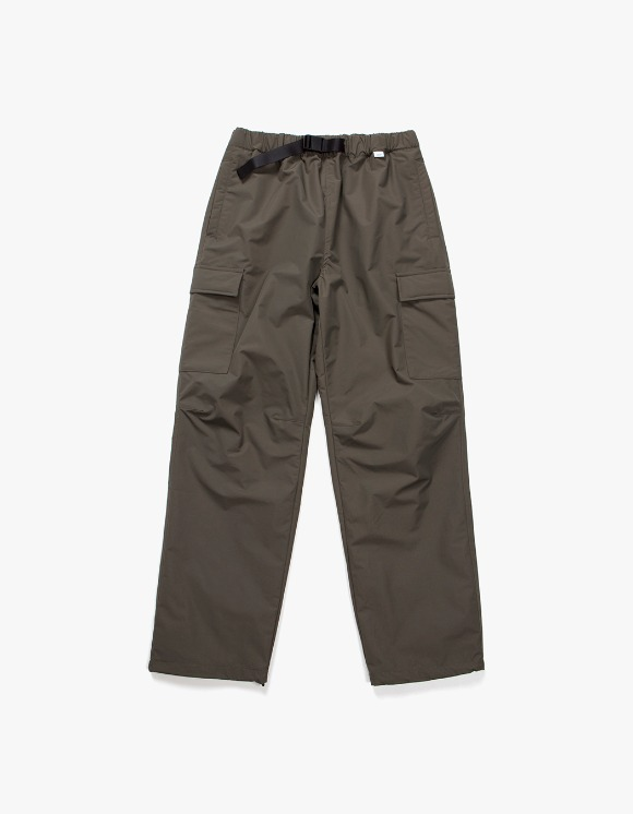 IZOLA NYC Belted Nylon Cargo Trouser - Olive | HEIGHTS. | International Store