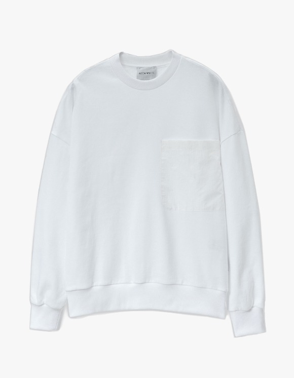 AECA WHITE Big Pocket Oversize Sweatshirt - White | HEIGHTS. | International Store