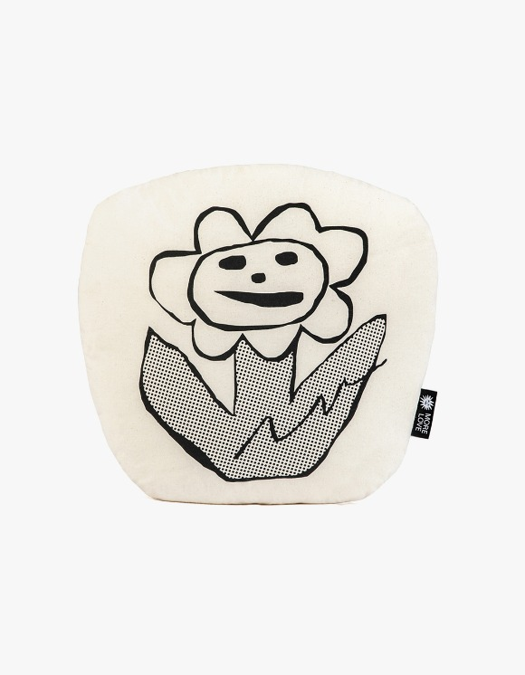 Balansa X More Love By Kentaro Flower Cushion - Beige | HEIGHTS. | International Store