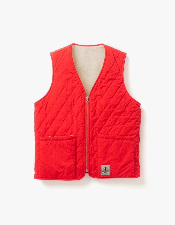 Victoria Hong Kong Reversible Vest - Red | HEIGHTS. | International Store