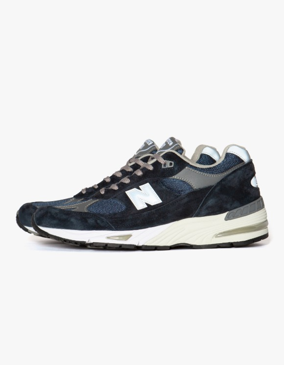 New Balance M991NV - Navy | HEIGHTS. | International Store