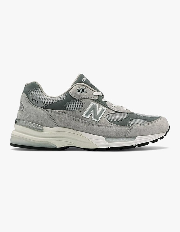 New Balance M992GR | HEIGHTS. | International Store