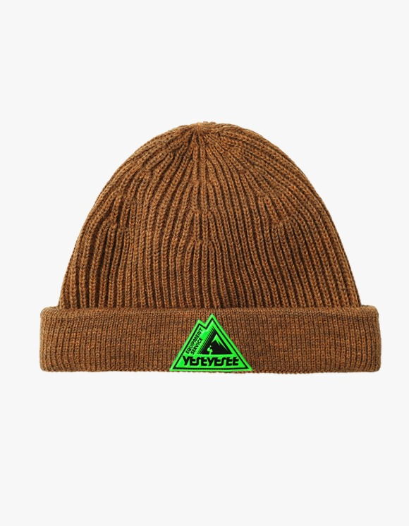 yeseyesee Y.E.S Carpenter Beanie - Camel | HEIGHTS. | International Store